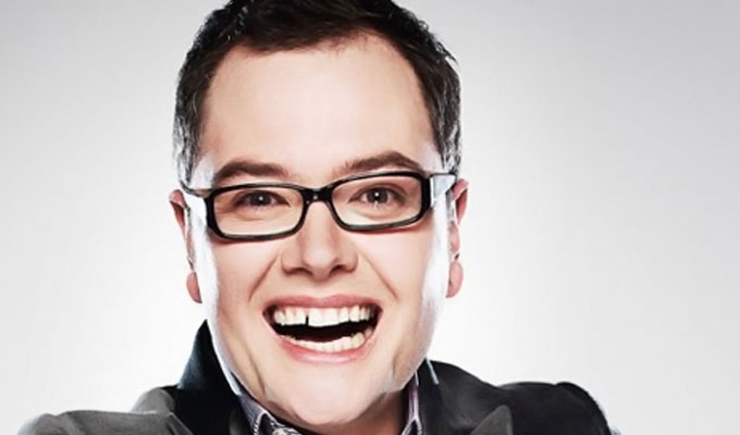 Alan Carr abandons his sitcom | ...because he was beaten to the idea