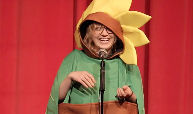 Chortle Student Comedy Award winner Bexie Archer | Watch her set from the final