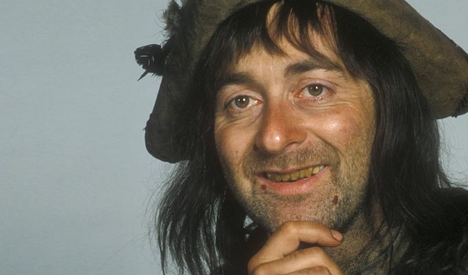 Tony Robinson raises Blackadder revival again | Is there a cunning plan... or just more talk?