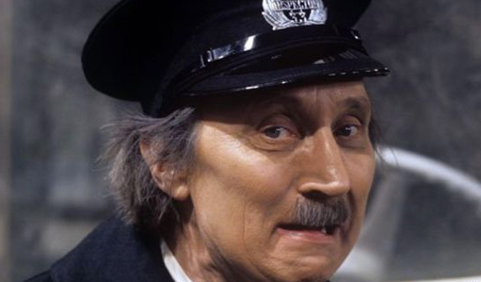 'Blakey' dies | On The Buses star Stephen Lewis was 88