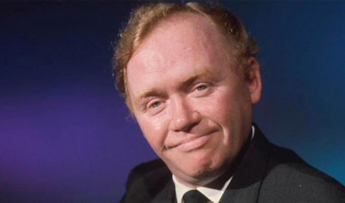 My Boomerang Won't Come Back is banned | Charlie Drake's 1961 comedy song is 'offensive'