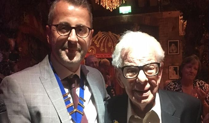 Music hall society honours Barry Cryer | Lifetime achievement award for comic