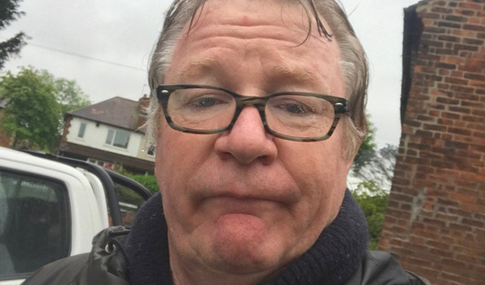 From 'nick, nick' to 'knock knock' | Jim Davidson goes doorstepping for the Tories