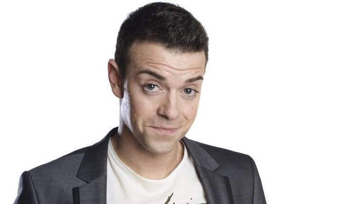 New radio comedy for Des Clarke | A tight 5: February 25