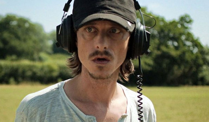 Mackenzie Crook returns to live comedy | A tight 5: March 31