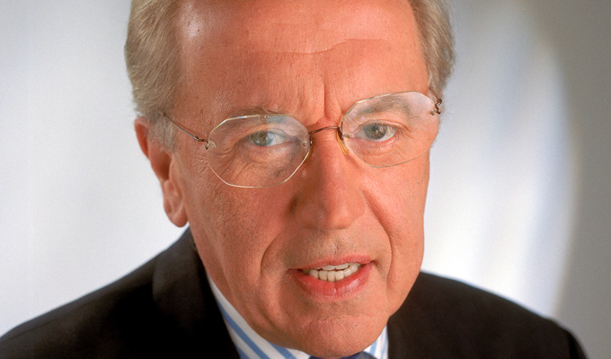 David Frost dies at 74 | Heart attack on cruise ship