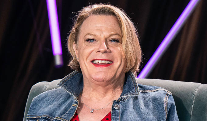Eddie Izzard: Call me 'she' | Fans praise comic for switching pronouns