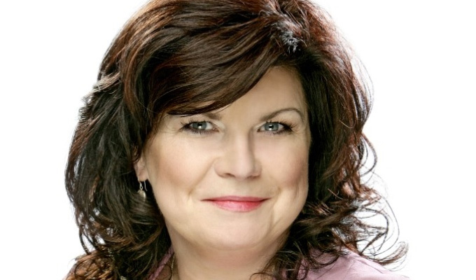 TV documentary for Elaine C Smith | Following her stand-up tour