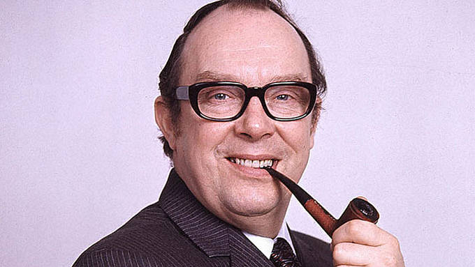 'Eric Morecambe' stole my purse! | Lookalike on the loose in Kettering