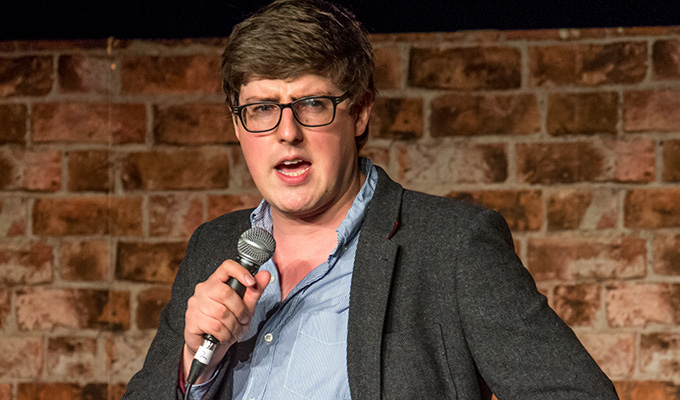 Glenn Moore joins Absolute Radio | Stand-up lands breakfast show gig