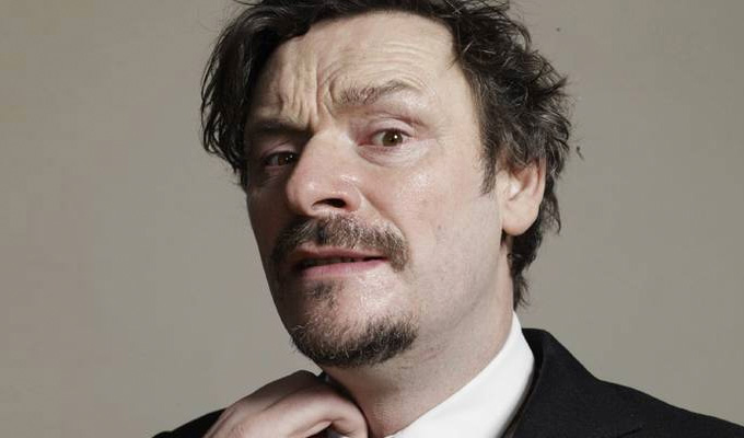 Julian Barratt turns nasty | Boosh star directs in gruesome horror film