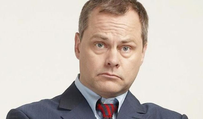 New ITV sitcom for Jack Dee | Bad Move co-stars Kerry Godliman