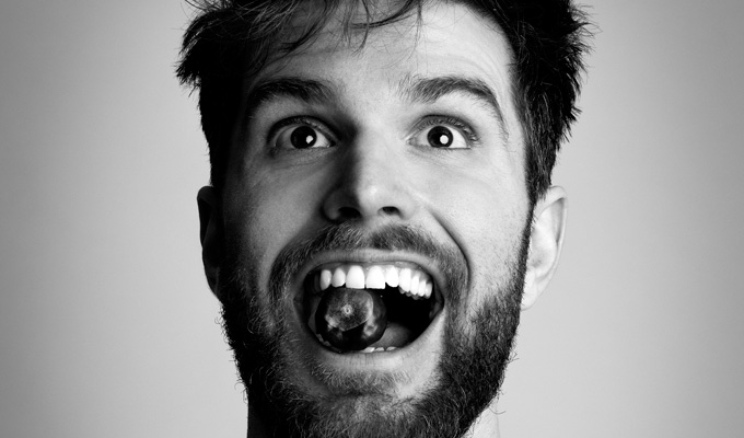 10 things I do with my cash after my free Fringe show | Joel Dommett empties his bucket...