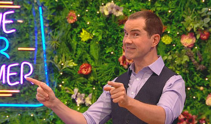 'My hair was socially distancing from my head' | Jimmy Carr reveals his hair transplant