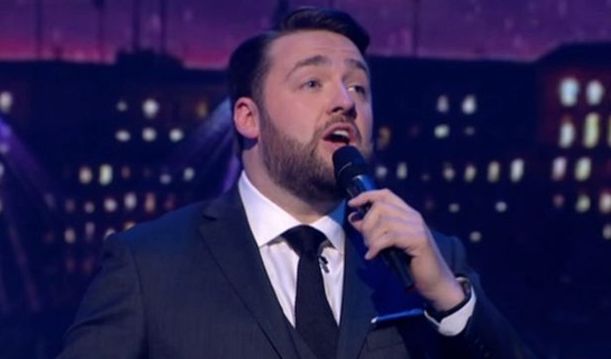 Jason Manford officially launches his music album | A Different Stage out in October