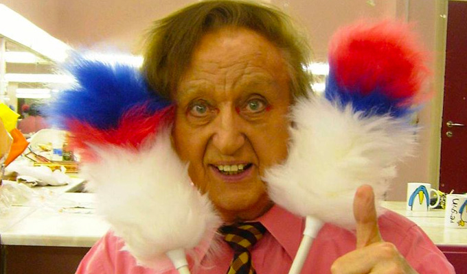 Ken Dodd – Original Review | Review by Steve Bennett