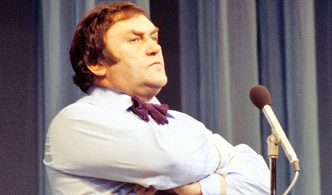 Les Dawson 'was rejected for OBE' | Was comic snubbed over his private life?