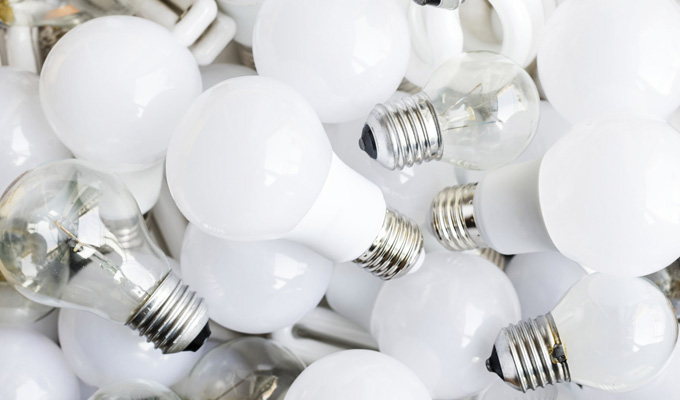 I've just found a drawer full of lightbulbs... | Tweets of the week