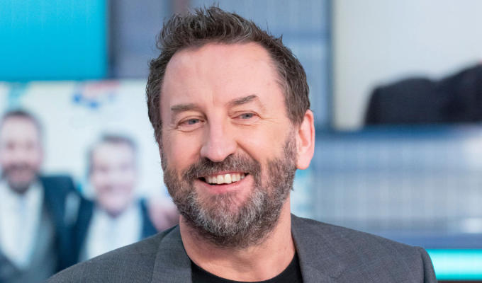 Lee Mack comes clean on trying cocaine | Comic's bizarre behaviour when the took the drug for the first times