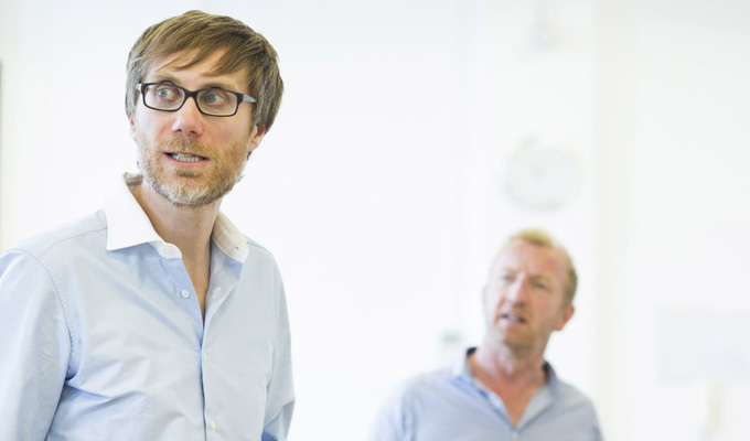 See Stephen Merchant rehearse The Mentalists | His West End debut