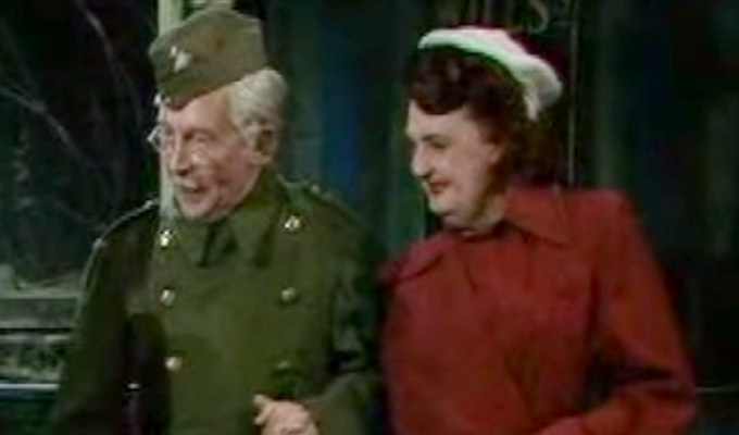 Dad's Army's Mrs Fox dies at 95 | RIP Pamela Cundell