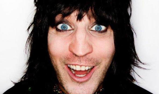 Noel Fielding films possible Richard Herring sitcom | Work starts on 'multiple universe' tester scenes