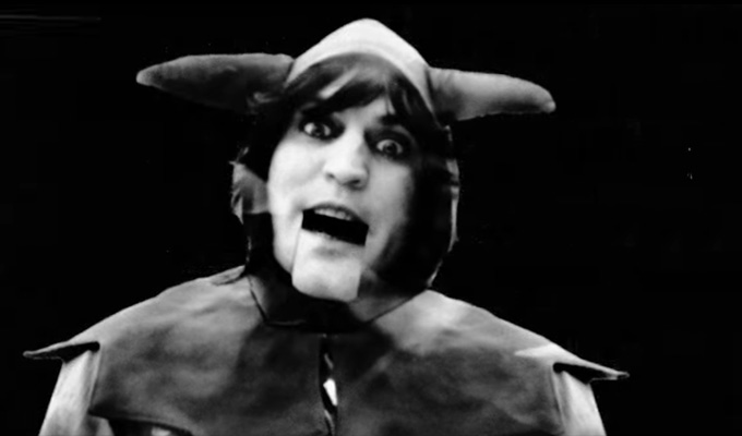 Noel Fielding for Christmas No 1? | With Idris Elba and Kasabian's Sergio Pizzorno