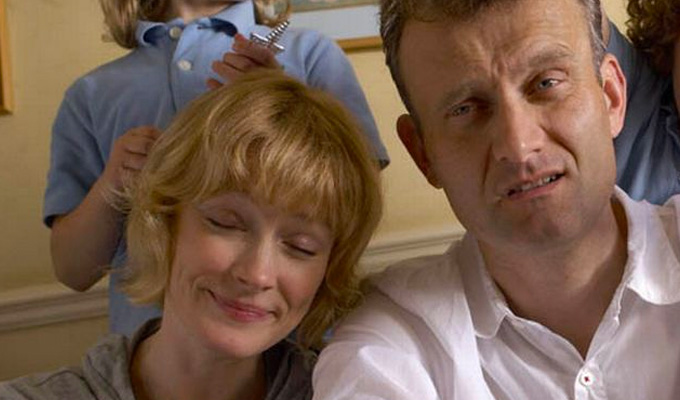 Outnumbered duo 'become a real-life couple' | Hugh Dennis and Claire Skinner have reportedly hooked up