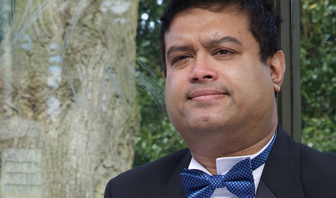 Paul Sinha: Postcards From the Z List