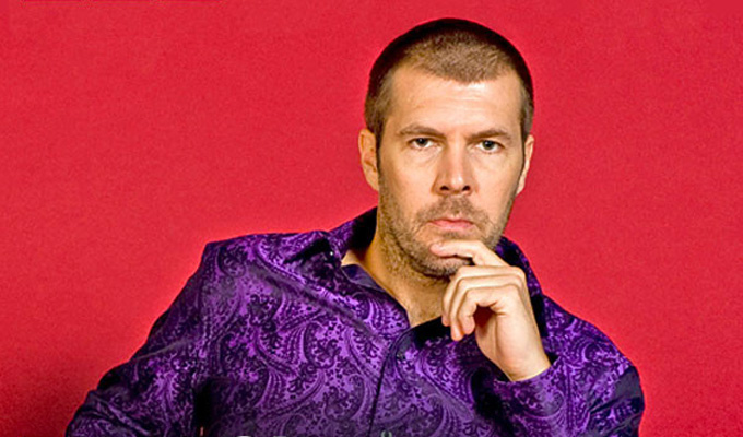 Rhod Gilbert to host comedians boxing | In aid of cancer-stricken tot