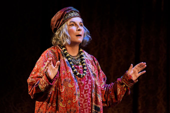 First images of Jennifer Saunders in Blithe Spirit | New production of Noel Coward classic