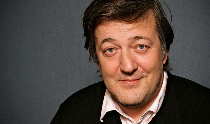 Stephen Fry to go on tour | Promoting his new memoirs