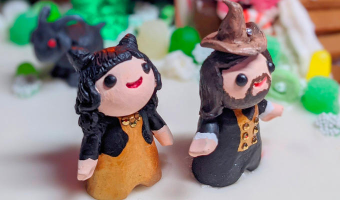 Vampires worth a bite... | Fan creates a What We Do In The Shadows gingerbread house