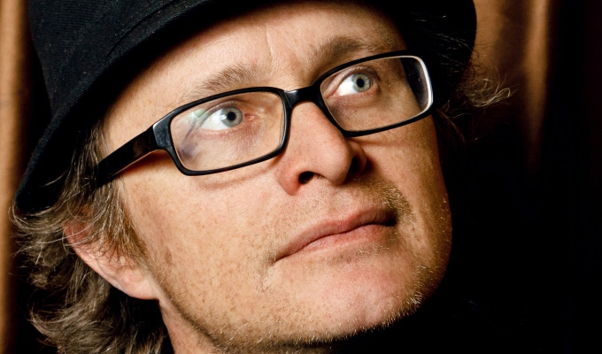 Simon Munnery: Fylm | Gig review by Steve Bennett at the Leicester Square Theatre