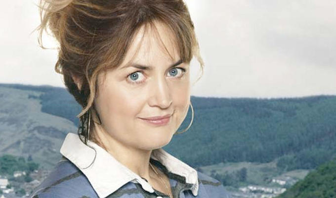 It's stunnin, presh | Sky orders another series of Ruth Jones's Stella