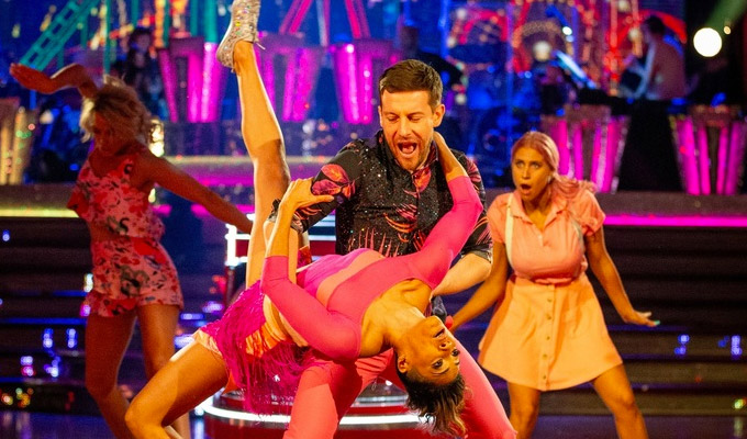 Chris Ramsey survives his salsa dip | Comedian gets to dance another day on Strictly