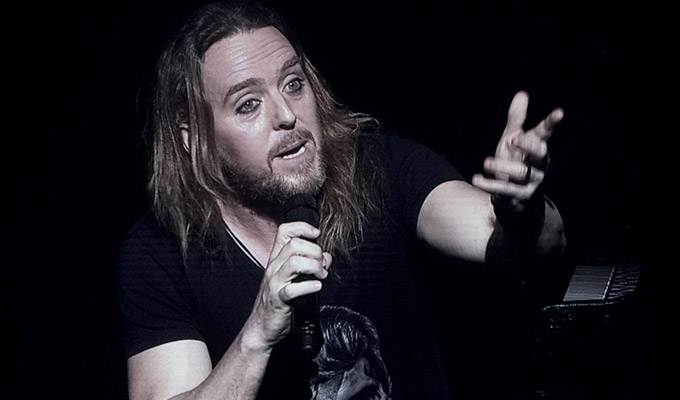 Tim Minchin: Back | Gig review by Steve Bennett at the Eventim Apollo, Hammersmith