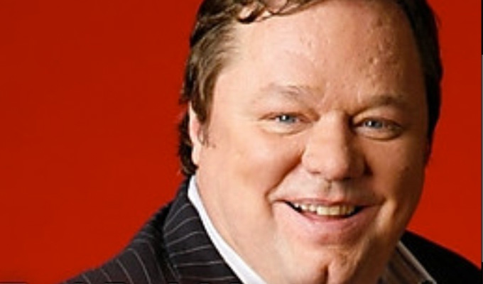 Ted Robbins collapses at Phoenix Nights | Comic, 59, 'clutched his chest'