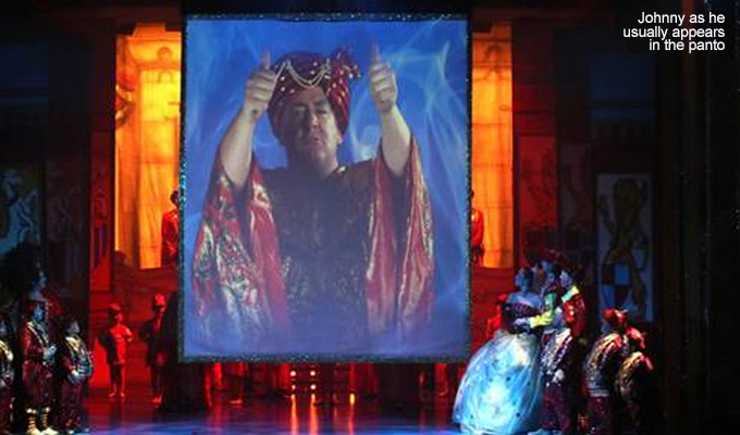 Johnny Vegas makes surprise panto appearance | Snow White's magic mirror comes to life