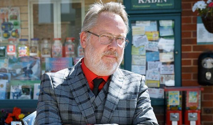 Vic Reeves wins phone hacking settlement | Rupert Murdoch's papers pay up